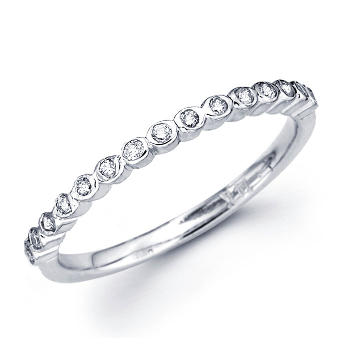 Bezel Diamond Wedding Band 18k White Gold Anniversary Ring (0.16 CTW)